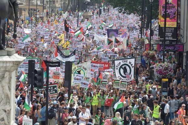 مظاهرات في بريطانيا