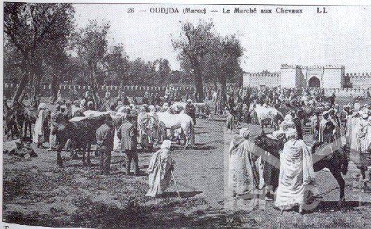 ساحة باب سيدي عبد الوهاب سنة 1907