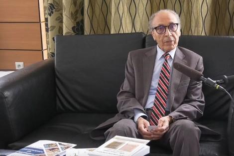 أ د أحمد شحلان يغوص في علاقات العربية والدّارجة بين الاضطراب والاتّزان