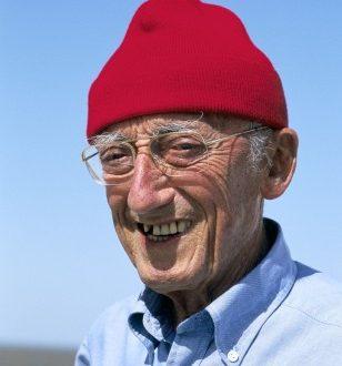 كيف أسلم جاك إف كوستو عالم البحار؟ Jacques-Yves Cousteau